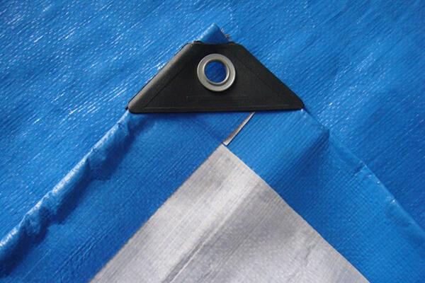 blue-white-tarp